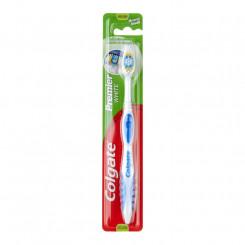 Зубная щетка Colgate Premier White